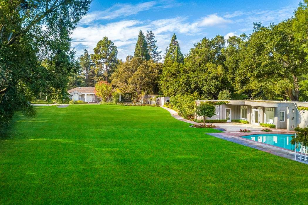 283 Selby Ln Atherton, CA 94027