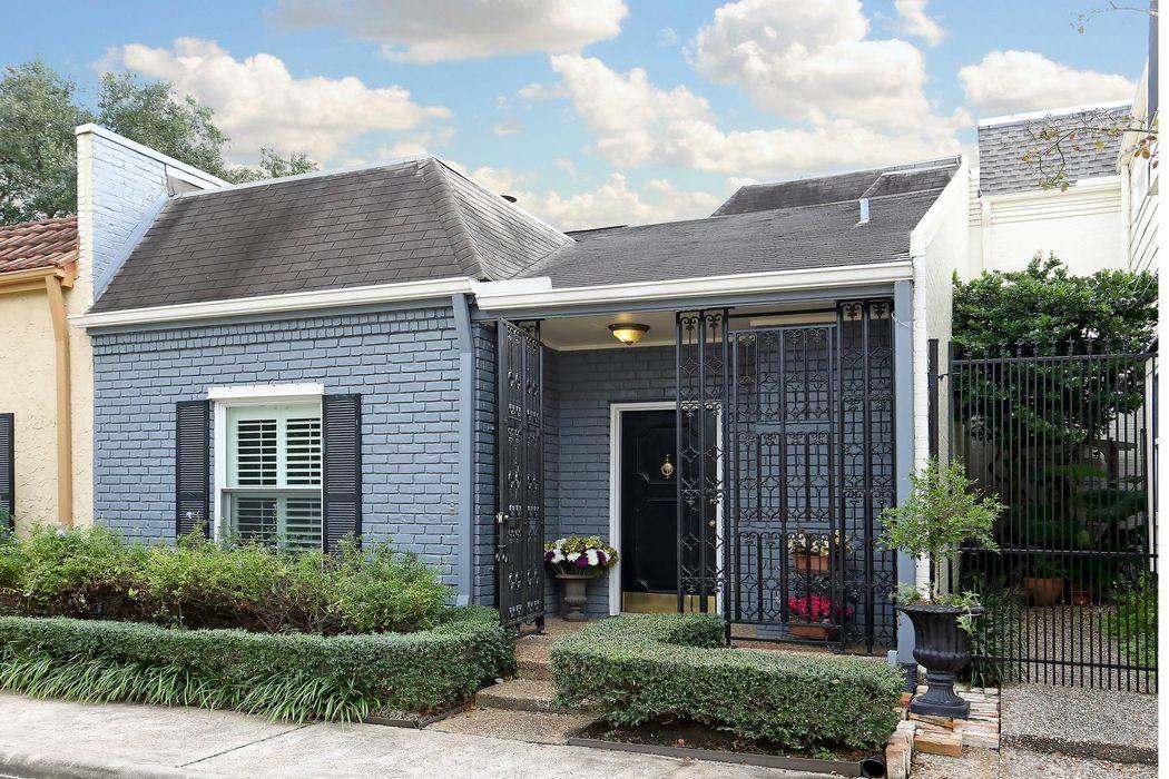 1634 South Gessner Road Houston Tx 77063 Martha Turner