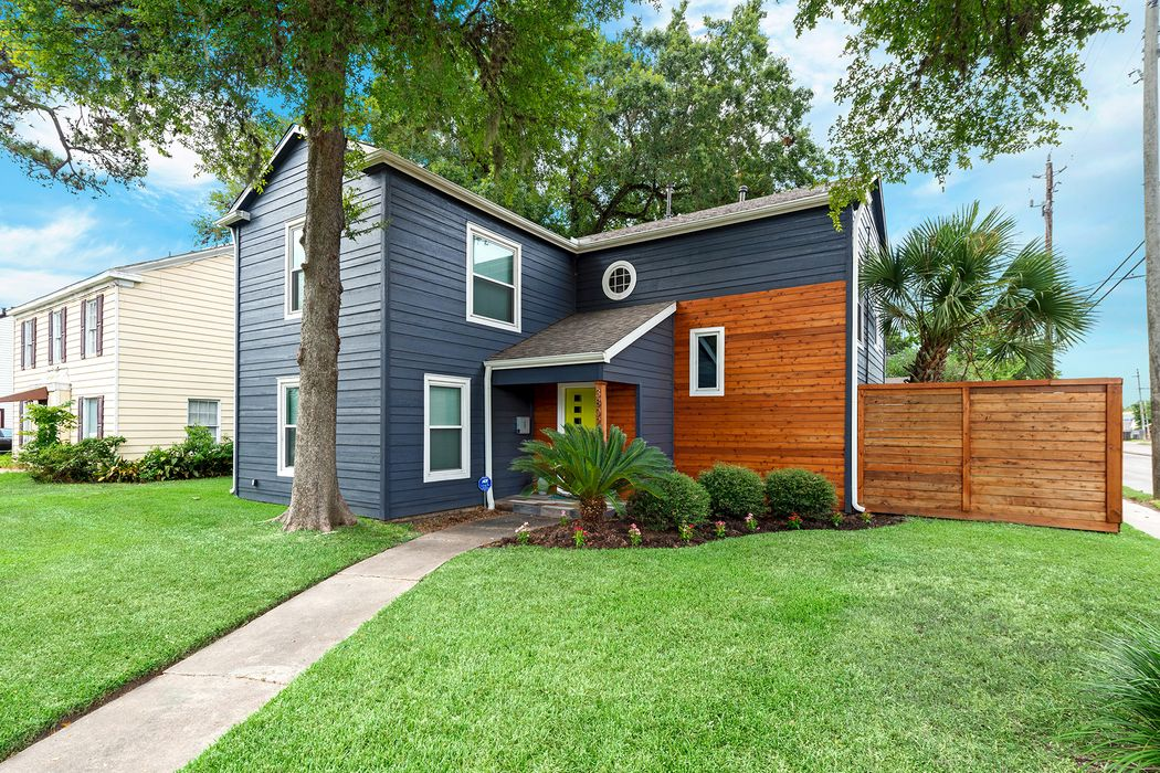 3802 Palm Street Houston, TX 77004