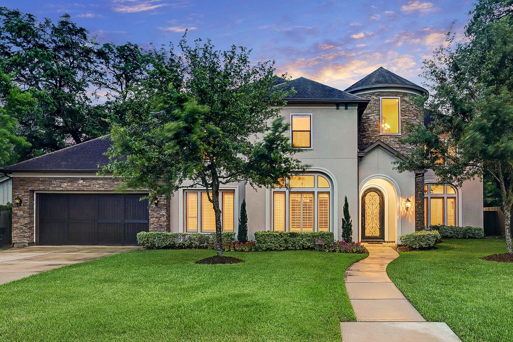 8615 Merlin Drive Houston, TX 77055