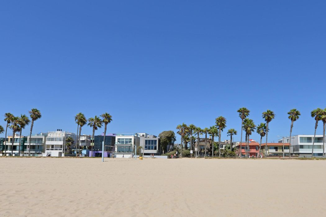4 26th Ave Venice, CA 90291
