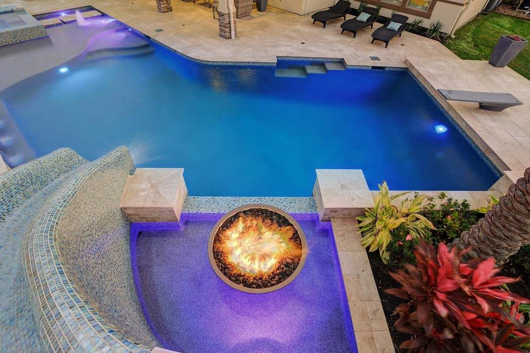 1 Dominion Court Friendswood, TX 77546