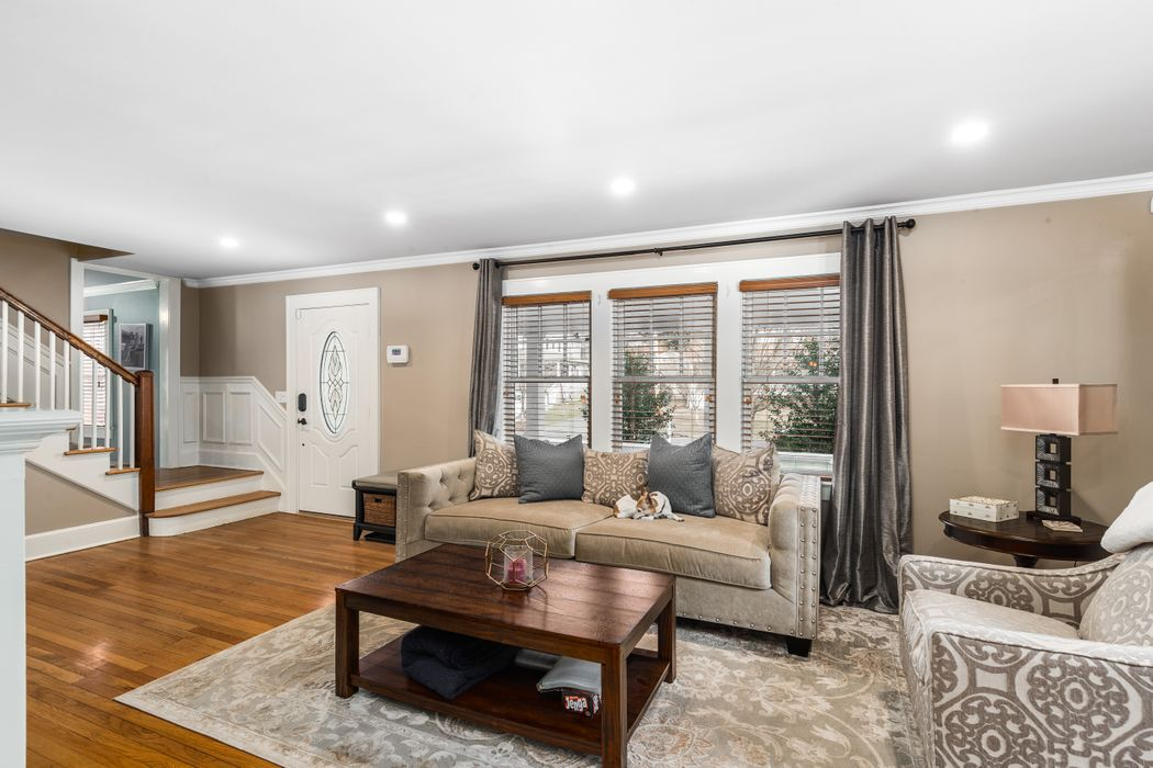 17 Park Avenue Old Greenwich, CT 06870
