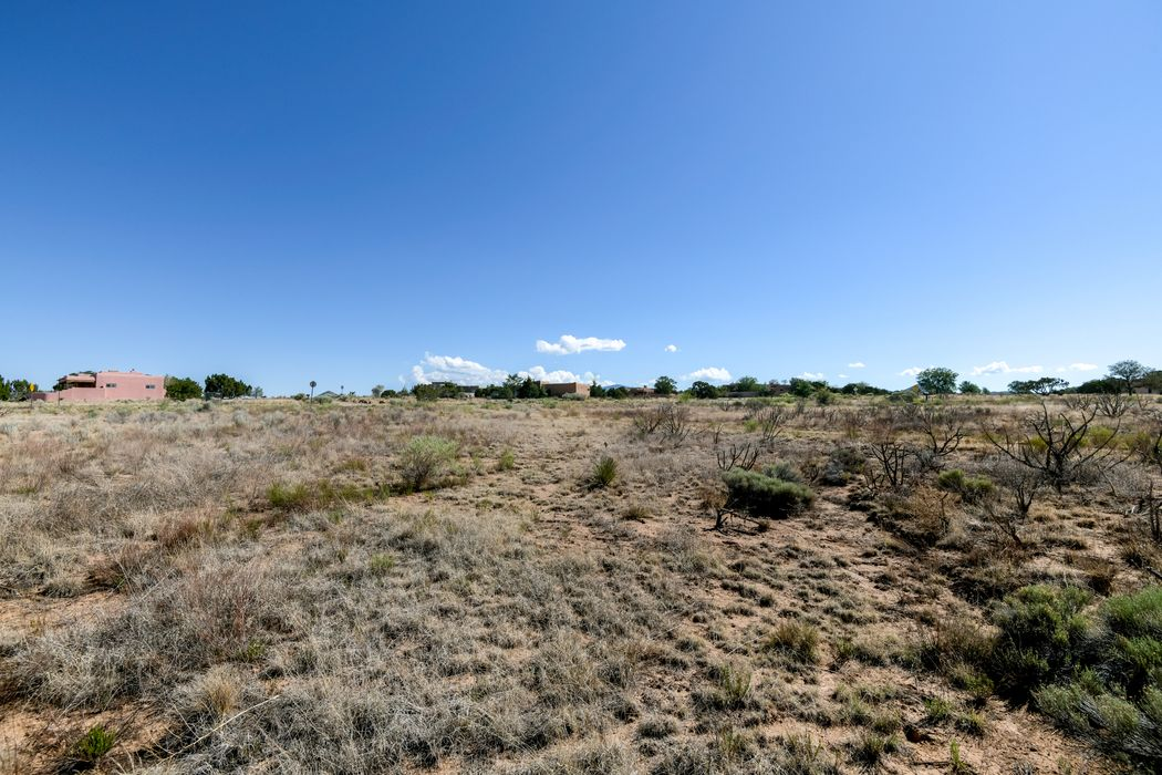 73 Condesa Rd Santa Fe, NM 87508