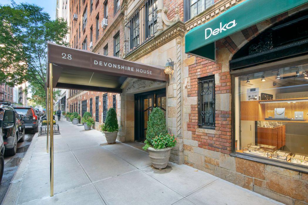 28 East 10th Street New York, NY 10003