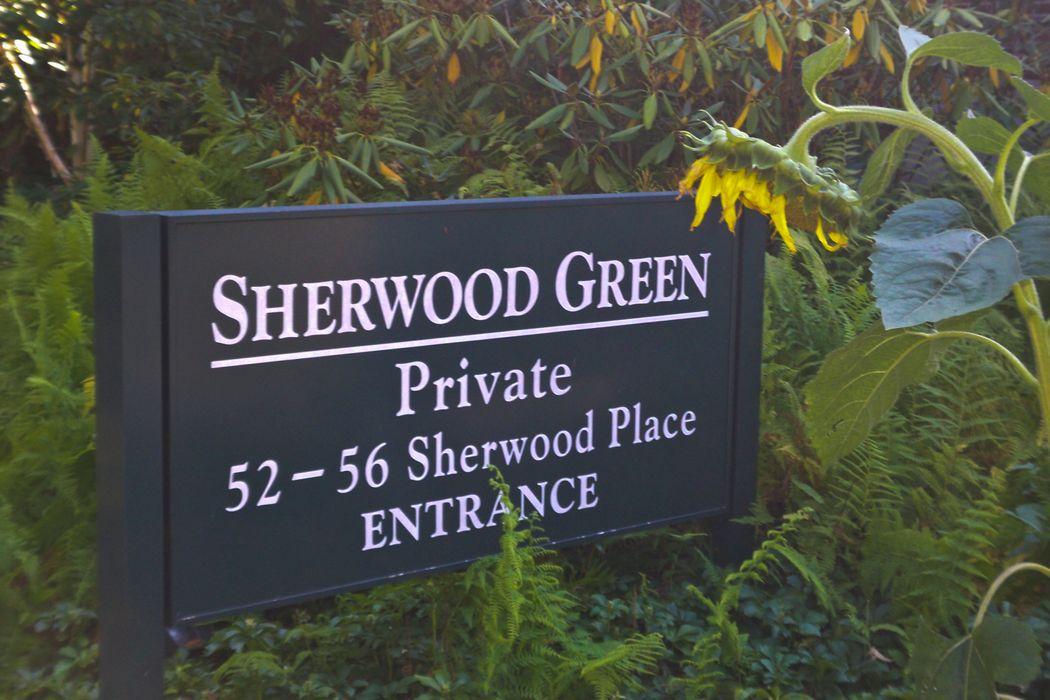 52 Sherwood Place Greenwich, CT 06830