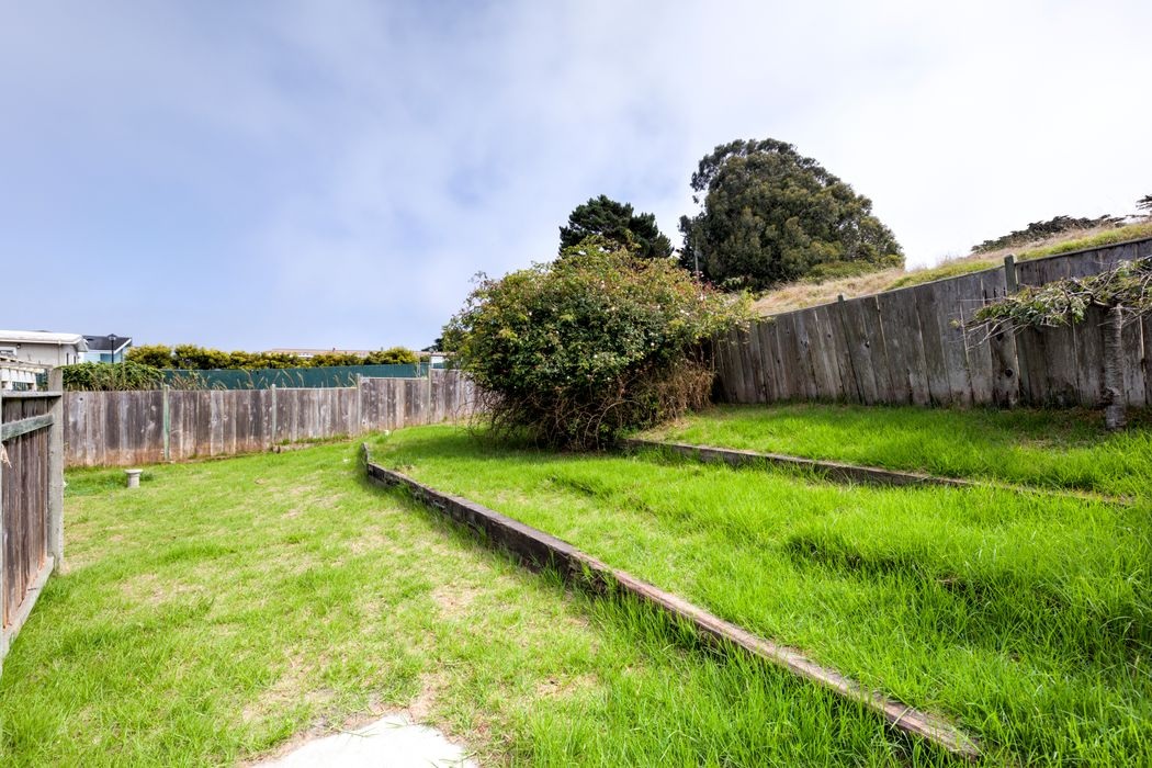 835 Seapalm Avenue Pacific Grove, CA 93950