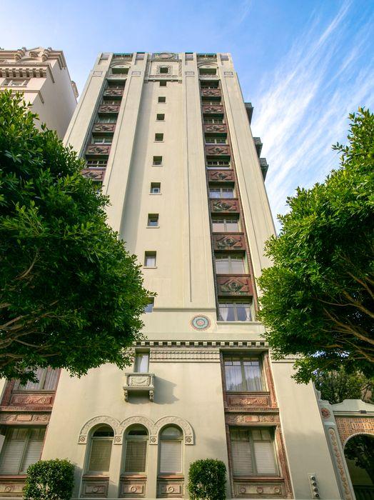 1940 Vallejo St San Francisco, CA 94123