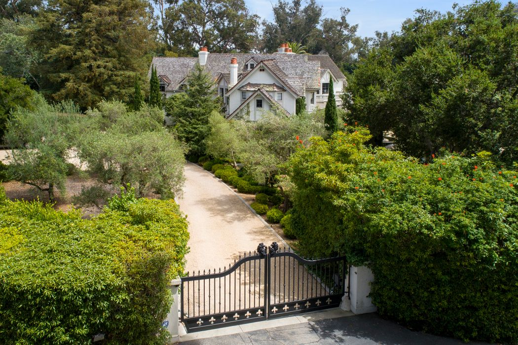 165 Middle Road Santa Barbara, CA 93108