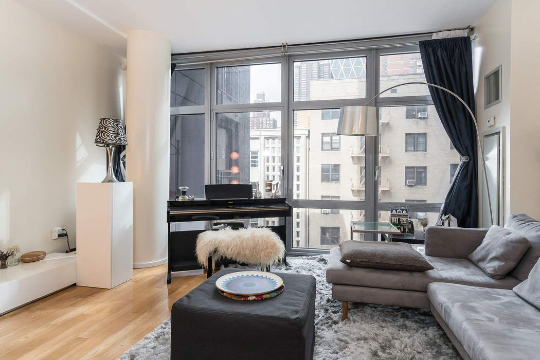 310 West 52nd Street, Apt. 4H
