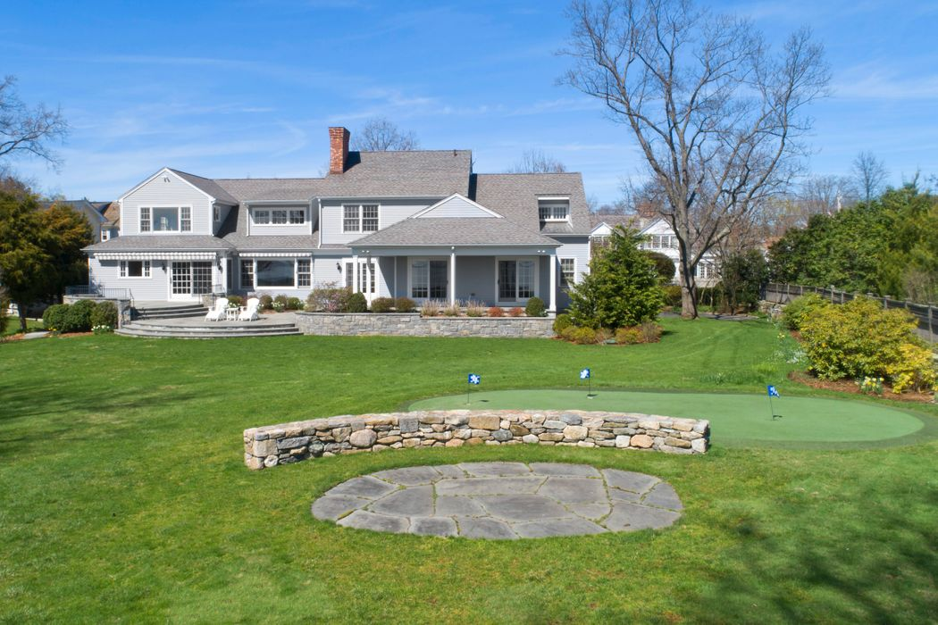 30-34 Rocky Point Road Old Greenwich, CT 06870