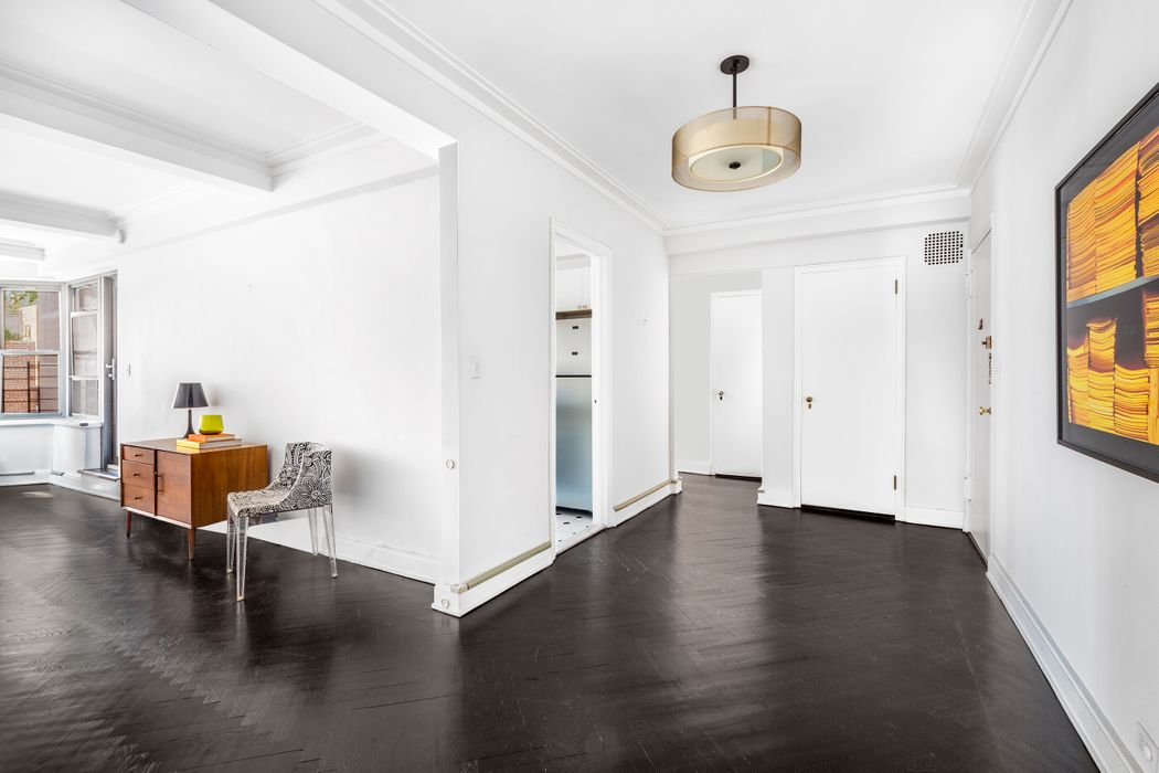 177 East 77th Street New York, NY 10075