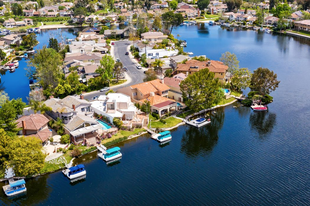 32116 Oakshore Drive Westlake Village, CA 91361