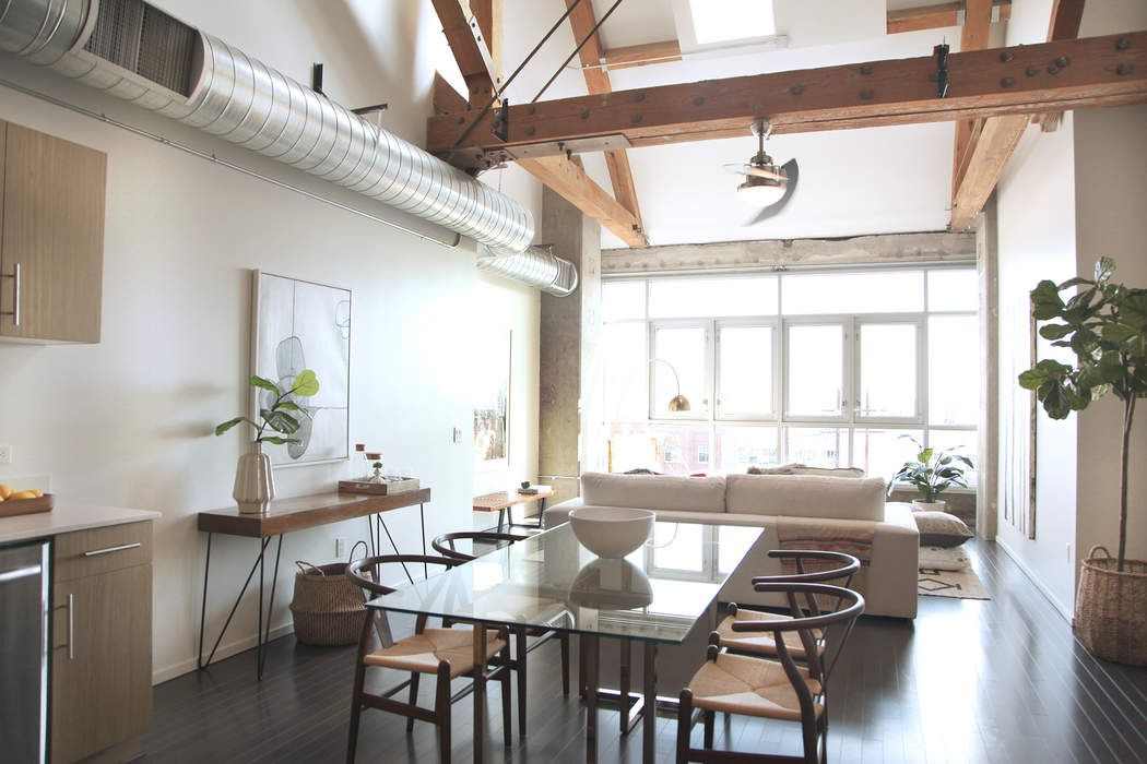 Urban Chic Arts District Loft