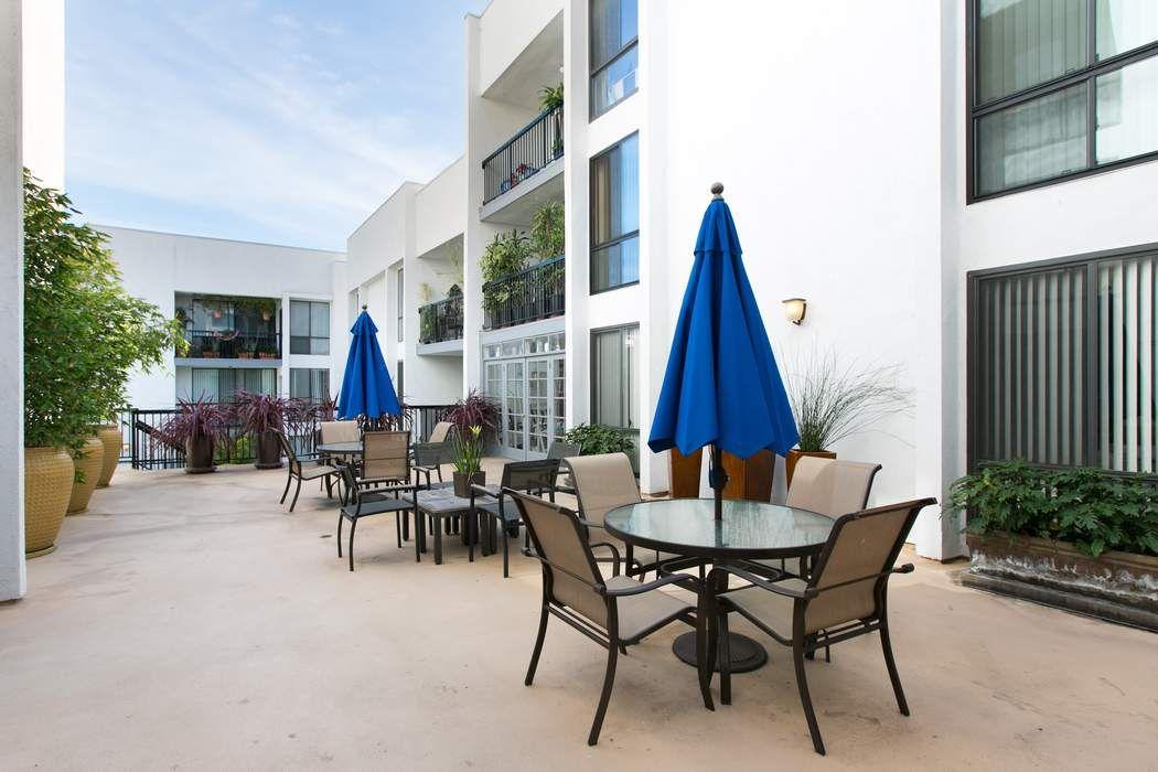 906 North Doheny Drive #314 Los Angeles, CA 90069