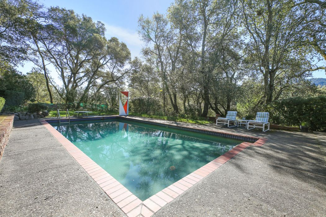 4805 & 4555 Warm Springs Rd Glen Ellen, CA 95442