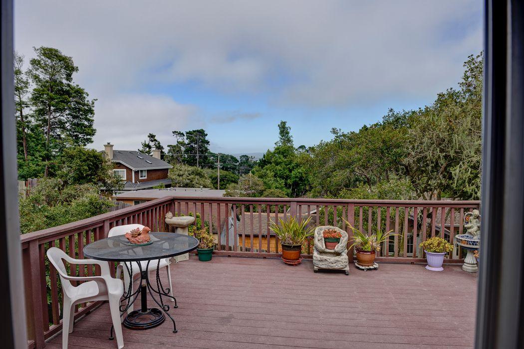 107 Via Del Pinar Monterey, CA 93940