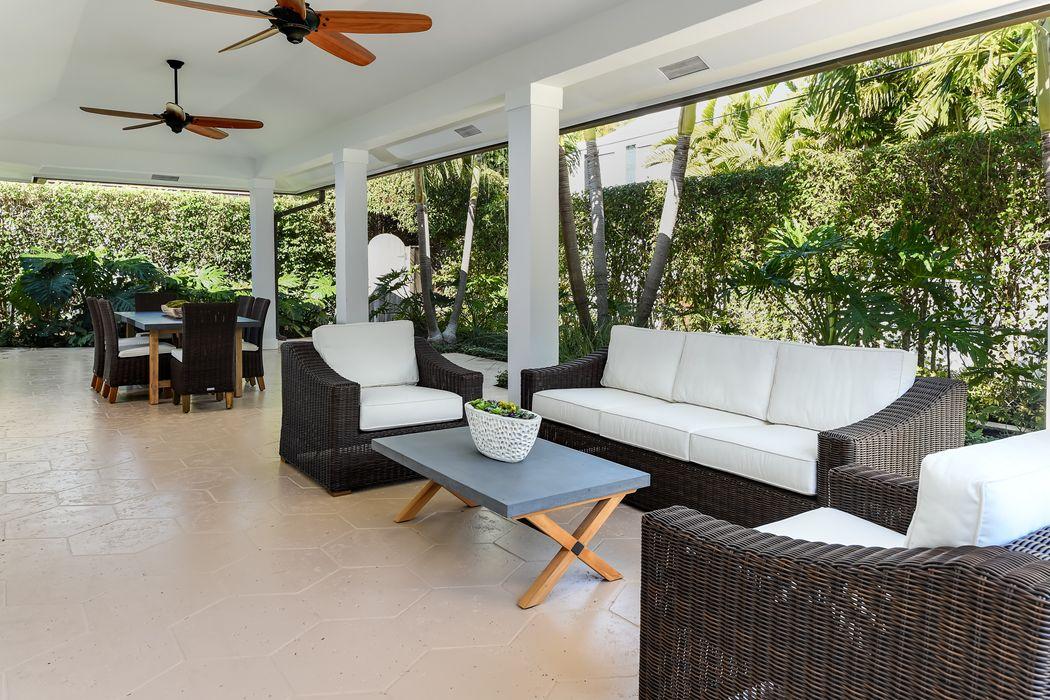 249 Sandpiper Dr Palm Beach, FL 33480