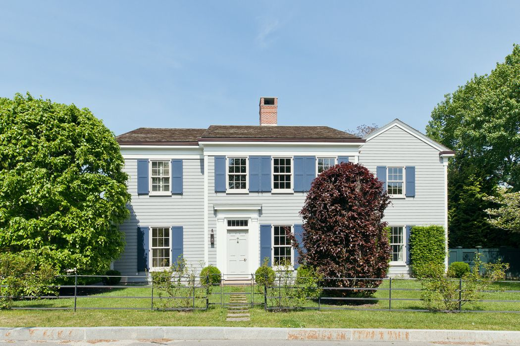 43 Suffolk Street Sag Harbor, NY 11963