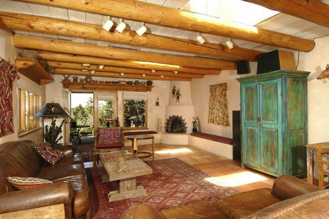 1379 Cerro Gordo Santa Fe Nm 87501 Sotheby S