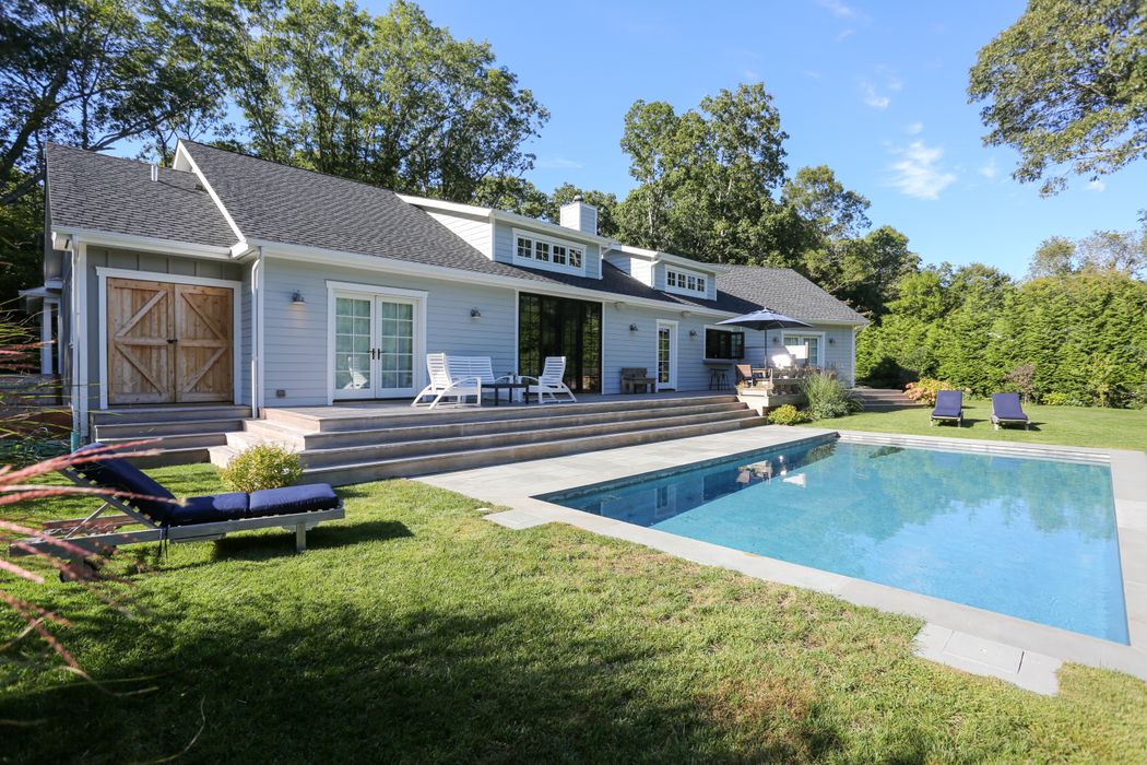 7 Deep Six Drive East Hampton, NY 11937