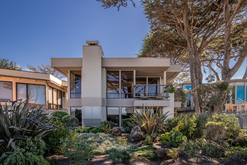 Del Mar 5 Se Of Ocean Carmel, CA 93921