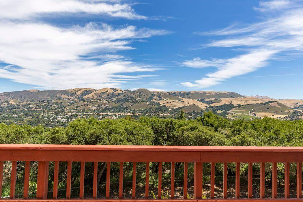 50 Camino De Travesia Carmel Valley, CA 93924