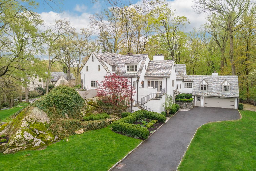 53 West Brother Drive Greenwich, CT 06830