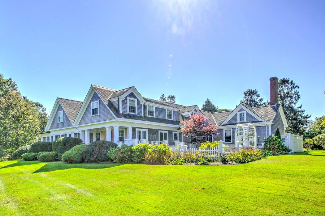 137 East Bay Road, Osterville, MA