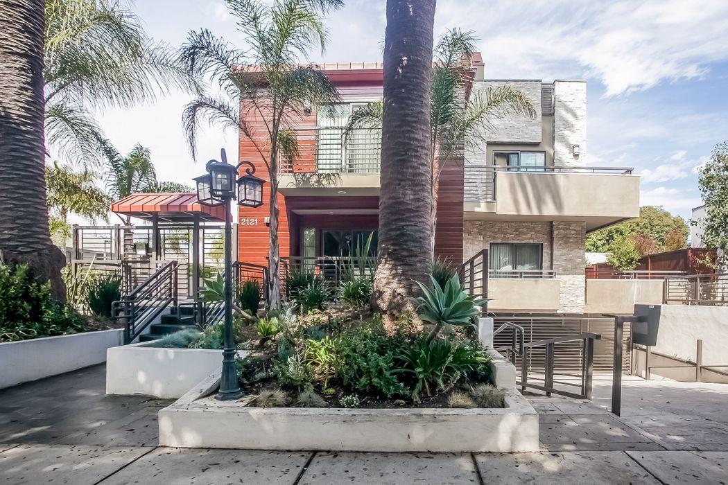 2121 Virginia Avenue Unit 106 Santa Monica, CA 90404