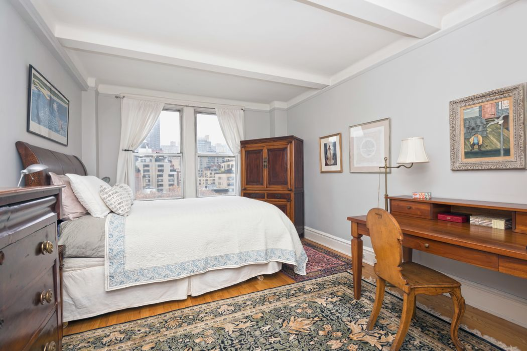 333 East 53rd Street Apt 11g New York Ny 10022 Sotheby