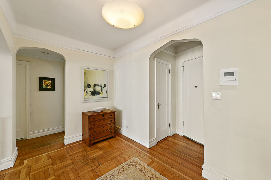 200 Pinehurst Avenue New York, NY 10033
