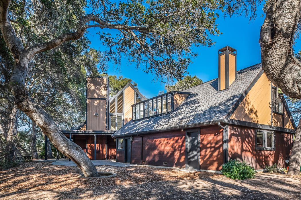 7022 Valley Knoll Road Carmel, CA 93923