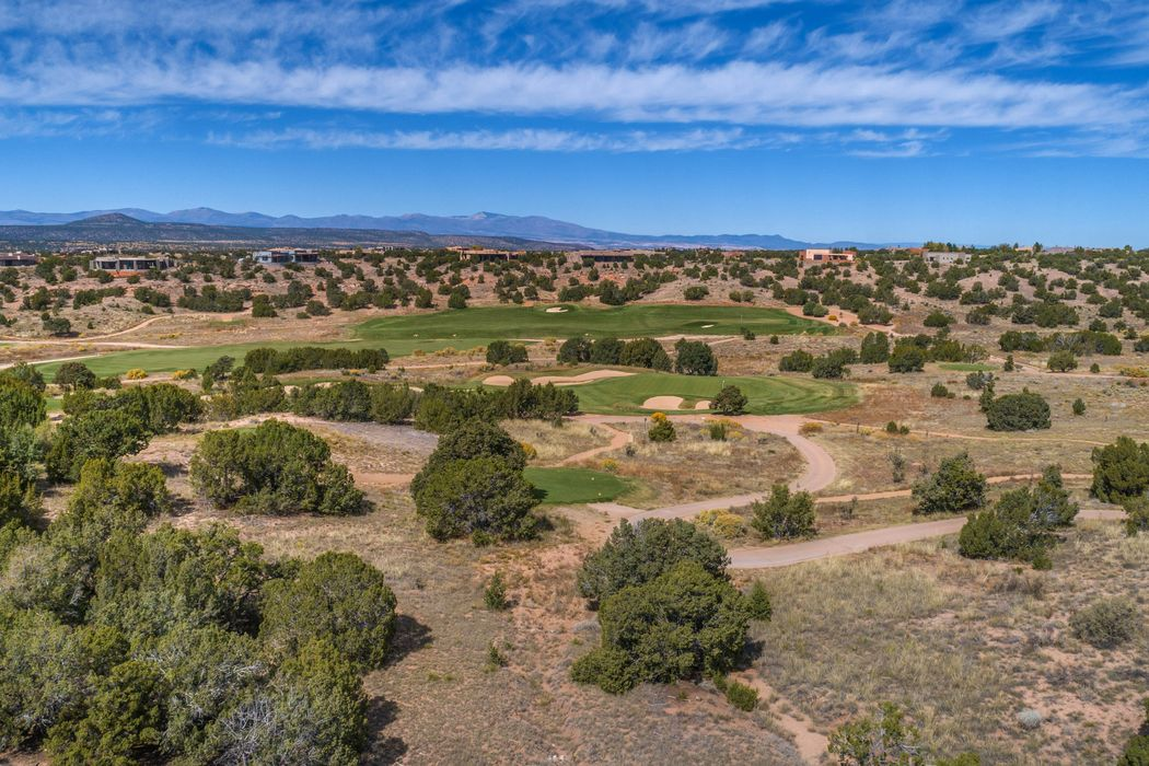 5 Deer Dancer, Lot 592 Santa Fe, NM 87506