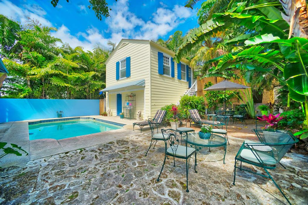 413 Seaview Ave Palm Beach, FL 33480