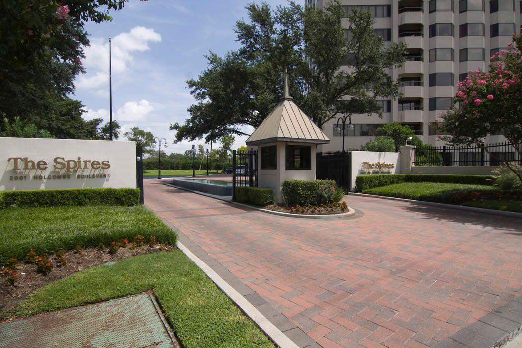 2001 Holcombe Boulevard Houston, TX 77030