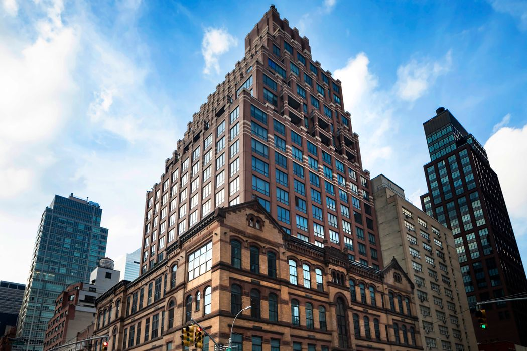 351 East 51st Street New York, NY 10022