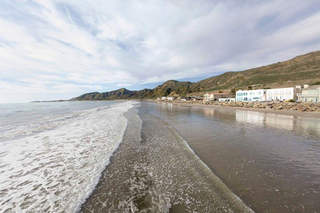 3078 Solimar Beach Drive Ventura, CA 93001