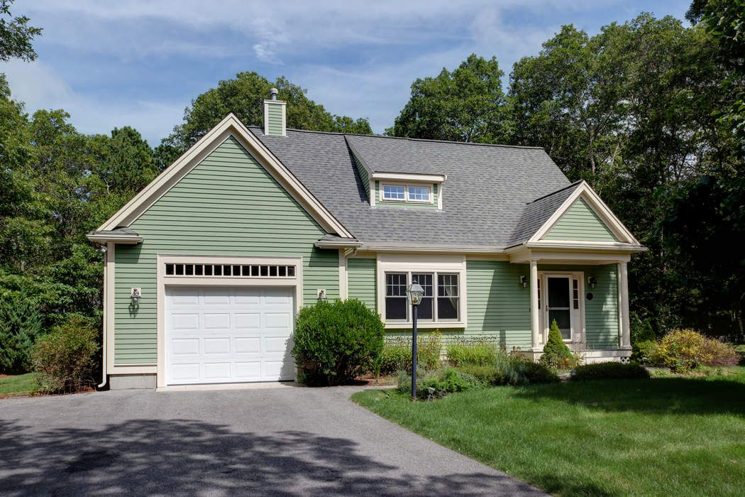 56 Country Club, East Falmouth
