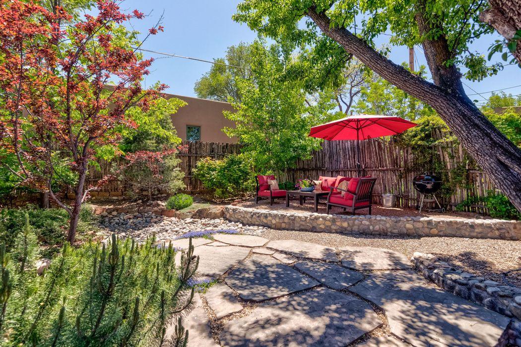 345 & 349 Plaza Balentine Santa Fe, NM 87501