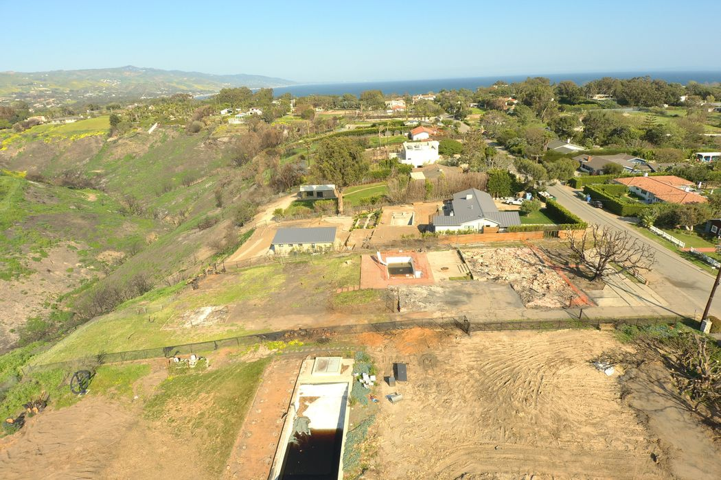29359 Bluewater Road Malibu, CA 90265
