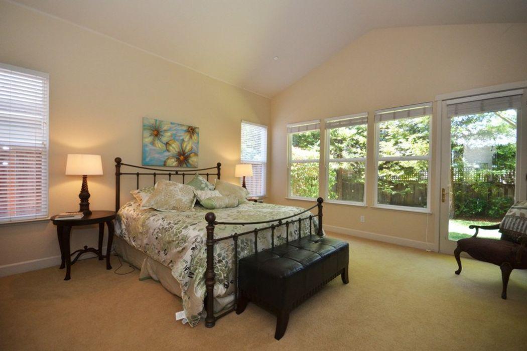 1347 Brockman Lane Sonoma, CA 95476