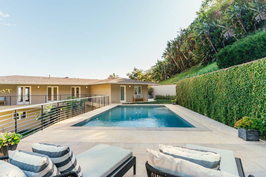 1404 Devlin Drive Los Angeles, CA 90069