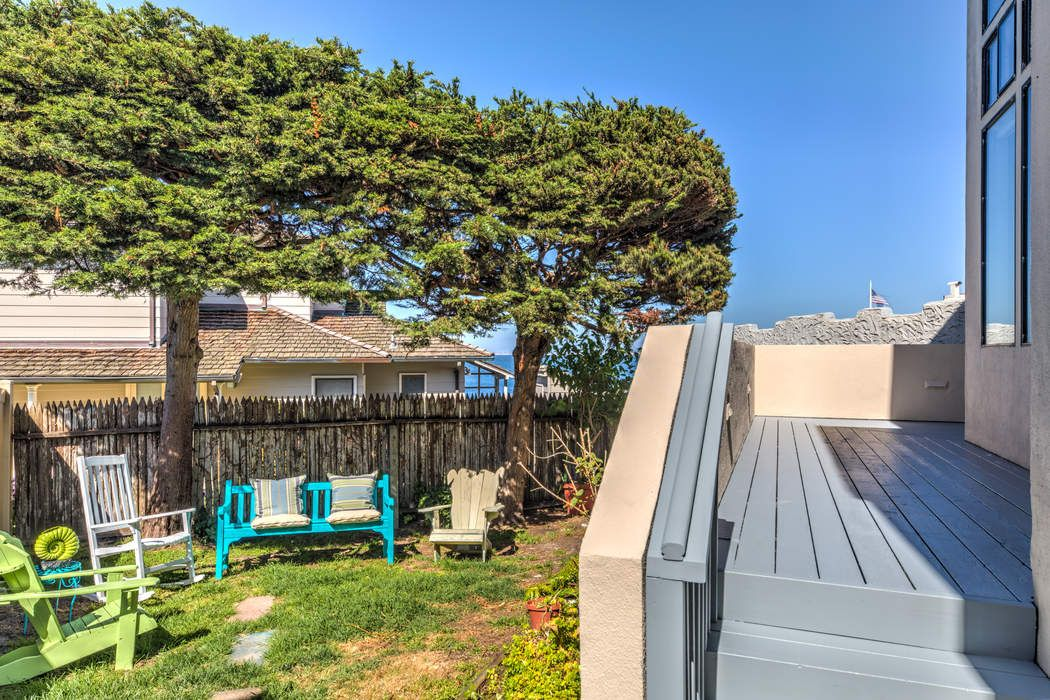 1032 Shell Avenue Pacific Grove, CA 93950