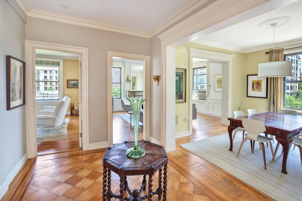 250 West 82nd Street Apt 52 New York Ny 10024 Sotheby