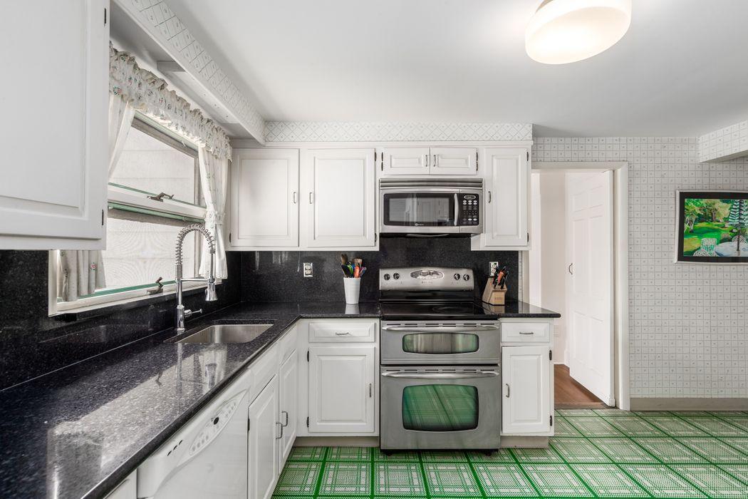 77 Park Avenue Greenwich, CT 06830