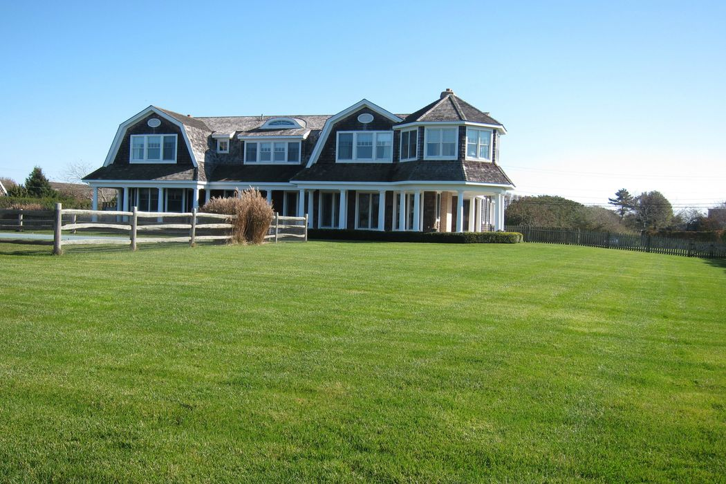 430 Jobs Lane Bridgehampton, NY 11932