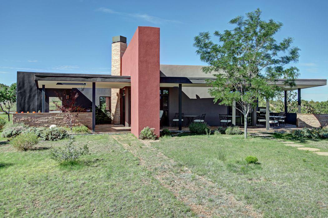 12 Calle De Luz Santa Fe, NM 87506