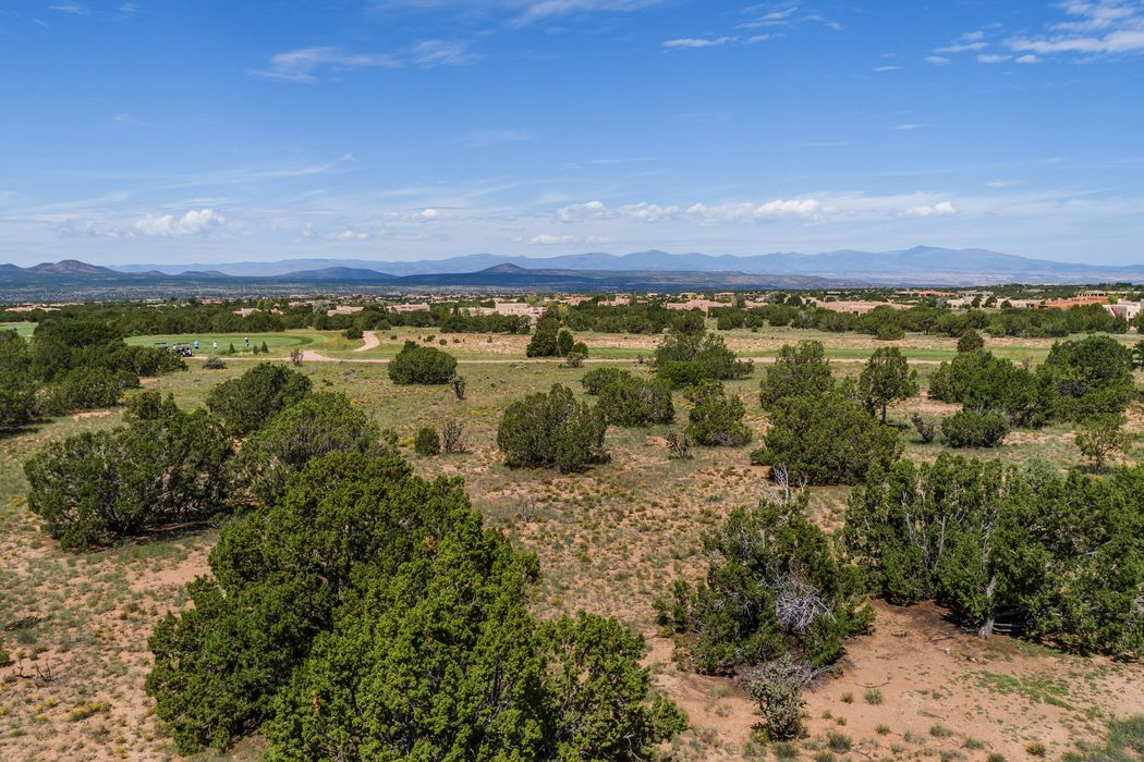 13 W. Golden Eagle Lot 372 Santa Fe, NM 87506