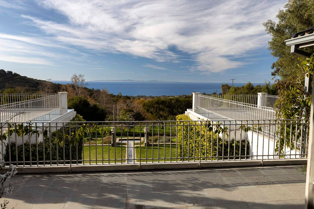 736 Toro Canyon Road Montecito, CA 93108